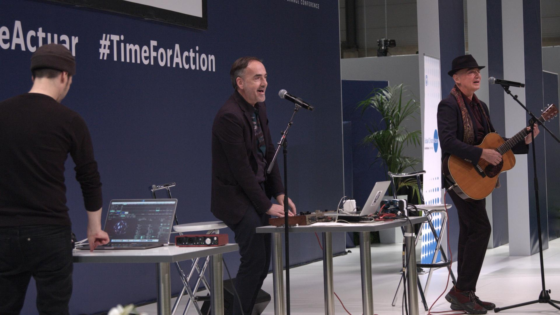 Müller & Makaroff play excerpts of Antropoceno at the climate change conference COP 25 in Madrid