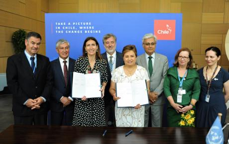 COP25 host country agreement signing